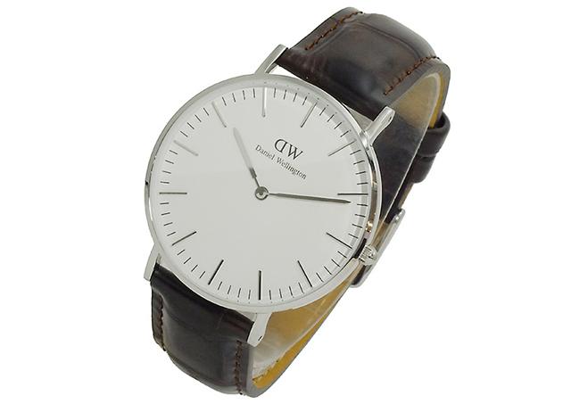 ダニエルウェリントン腕時計