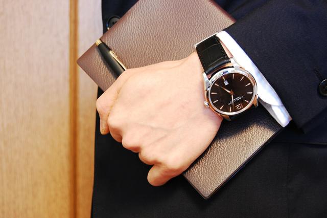 ハミルトン JAZZMASTER ジャズマスター スリム 自動巻き メンズ 腕時計 H38615735