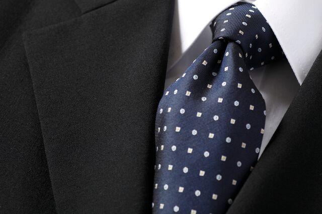 ネクタイのノットのボリュームで印象が変わる!?
