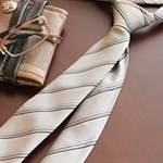 tie-is-presented-by-a-birthdaypresent_r2_c2