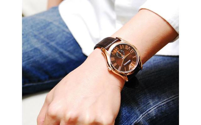 エンポリオアルマーニ革ベルト腕時計