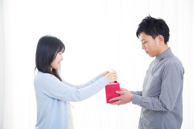 バレンタインのプレゼントは腕時計で決まり!予算はどうやって決める?
