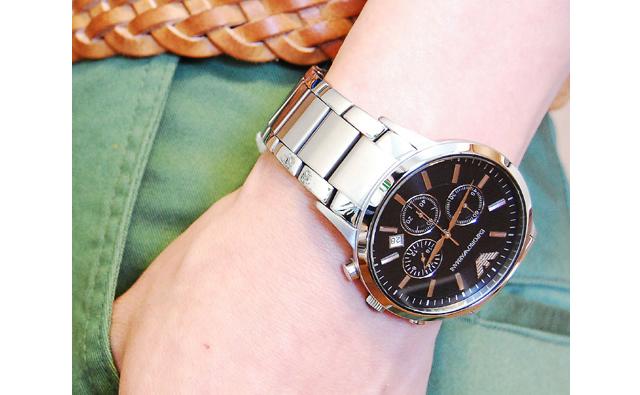 エンポリオアルマーニのクオーツ腕時計はまさにエンポリオアルマーニの代表格!
