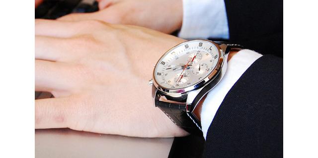 スーツに合う腕時計セイコー
