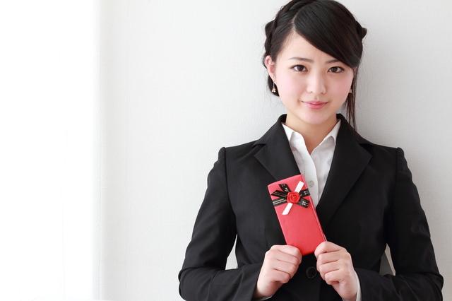 女性就職祝いのプレゼントボールペン
