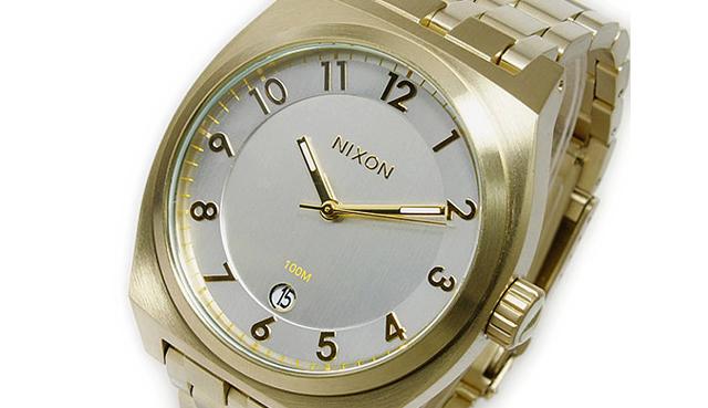 ニクソンゴールド腕時計