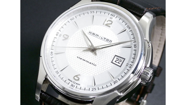 黒革・白文字盤の三針時計