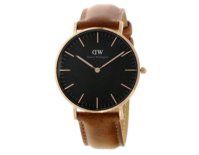 ダニエルウェリントン 黒文字盤腕時計