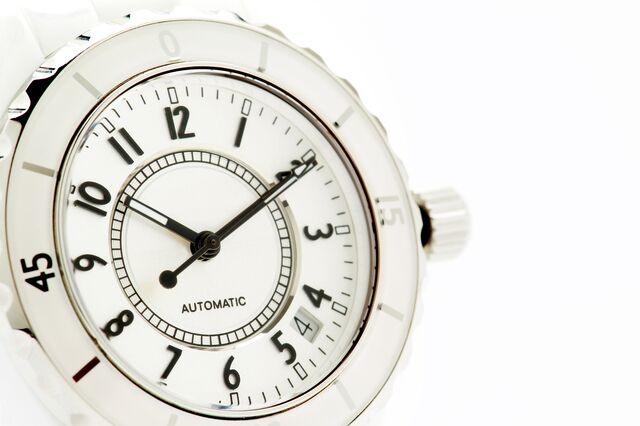腕時計を傷つけたくない人に!樹脂ベルトで選ぶ