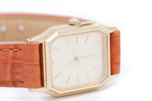 革バンド腕時計