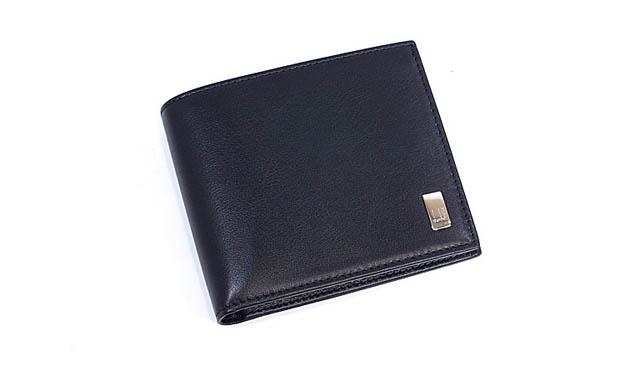 二つ折り財布おすすめシーン