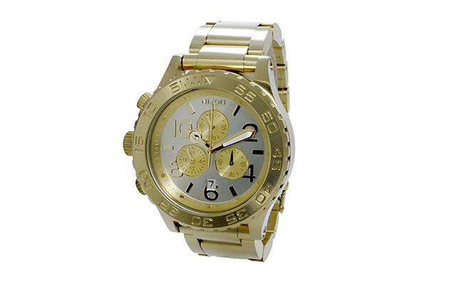 ニクソンクロノグラフ腕時計