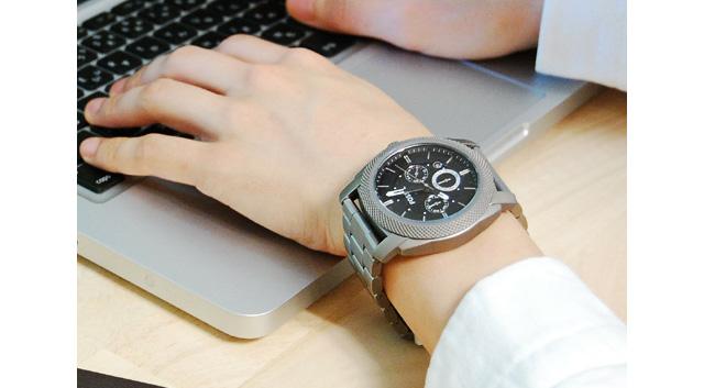 フォッシル腕時計