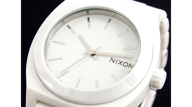 オシャレなニクソン腕時計が人気