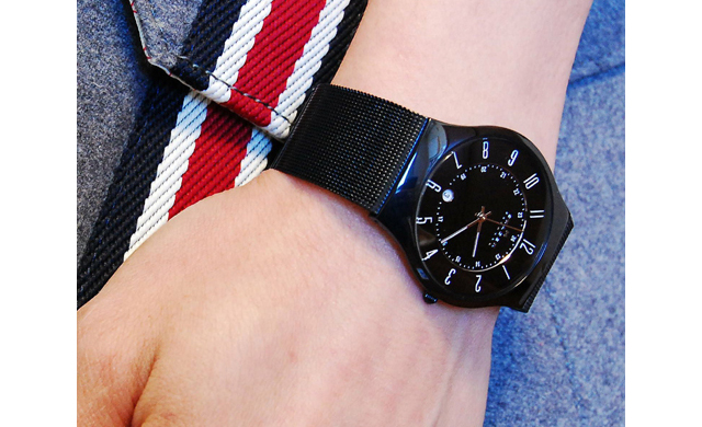 女性からも好印象スカーゲン腕時計