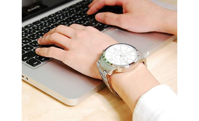 フォッシルクロノグラフ腕時計