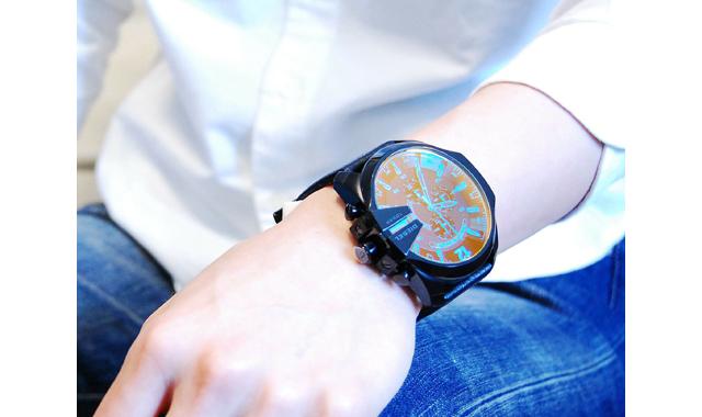 ディーゼル腕時計DZ4323