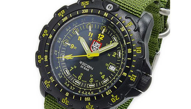 ルミノックス腕時計は高性能で丈夫