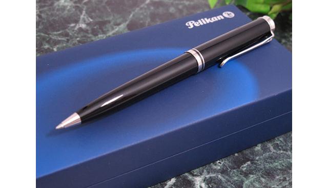 ペリカンボールペンの年齢層は