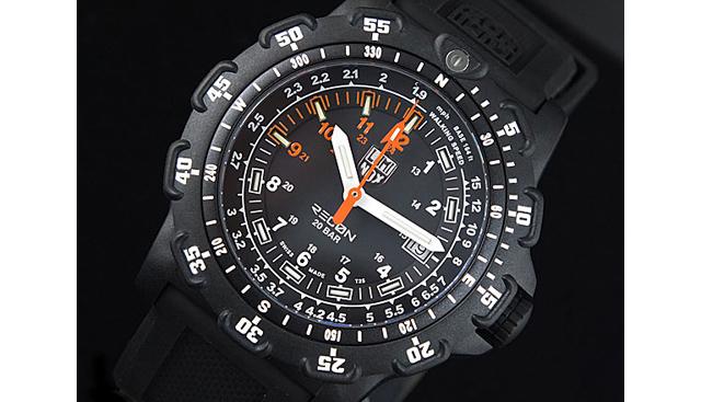 ルミノックス腕時計8822