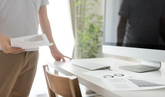 一人暮らしで使うテーブルの色の選び方