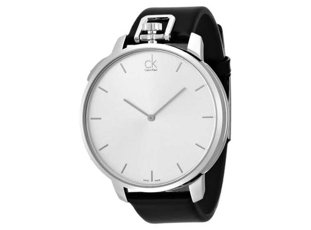 シンプルで高級感のあるデザインが誕生日プレゼントにいい!カルバンクラインの腕時計