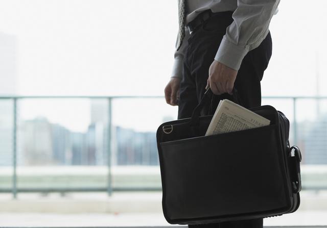 営業職の男性に人気なブレザークラブビジネスバック