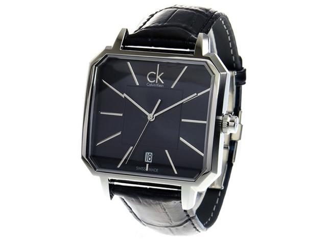 シンプルだけど小技が効いてる腕時計