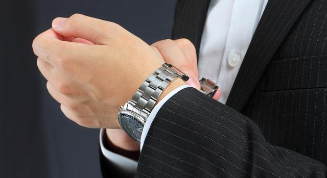 ジョンハリソン腕時計が似合う年齢層