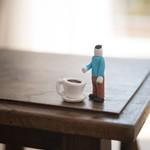 一人暮らし男性のインテリア。1Kで実現するおすすめのテーブルの配置例