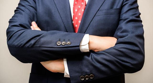 大きめフェイスでタフなカルバンクライン腕時計