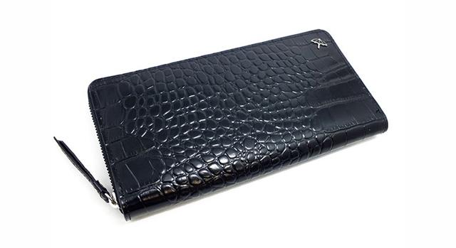 レザーが特徴的な財布