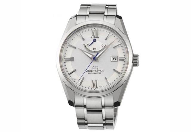 リラックスして身に着けられるスターシリーズ腕時計