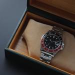 かっこいいクロノグラフ腕時計はサルバトーレマーラ
