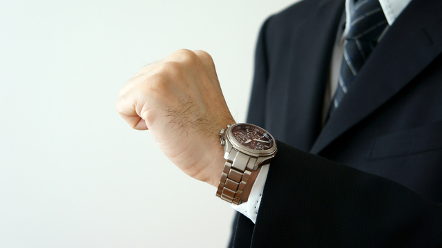 性能も機能も妥協なしのメンズ腕時計