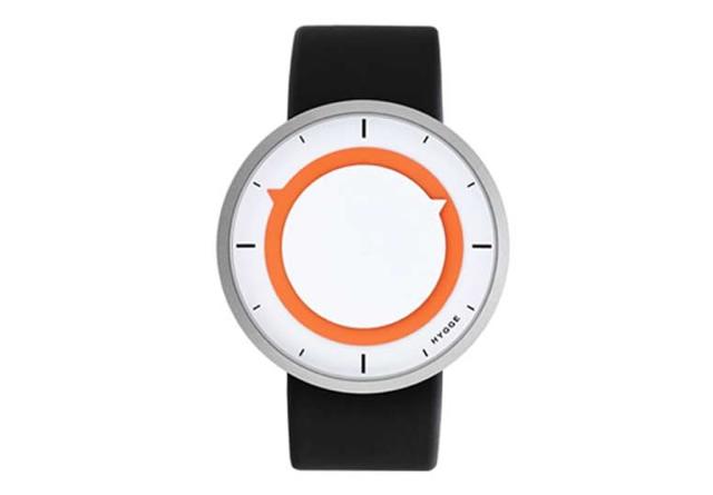 色使いもかわいくて形もシンプルな腕時計