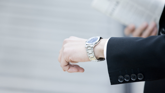 ドルチェセグレートのメンズ腕時計が似合う年齢層
