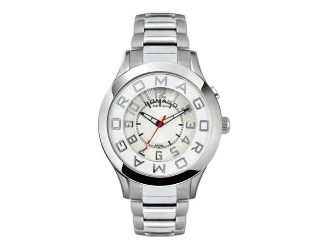 時計は時間を知る道具。でも、着飾る道具でもある