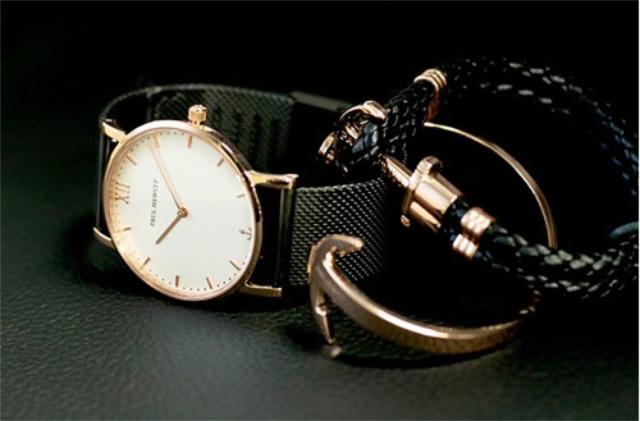 フォーマルカジュアルのメンズ腕時計はポールヒューイット