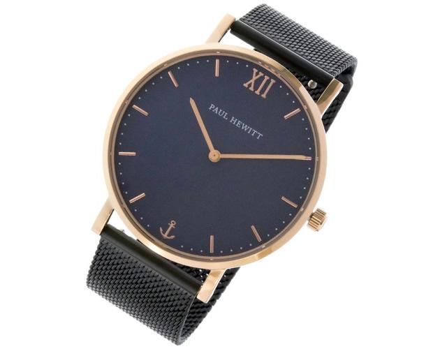 モダンレトロでビジネスシーンにも爽やかオシャレな腕時計