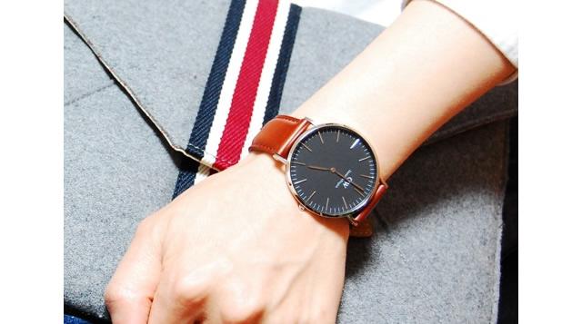 アンティークで落ち着いた印象になる腕時計