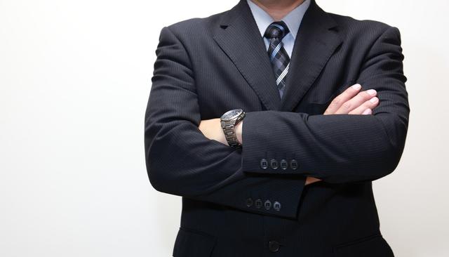 ファッションに応じて色々なデザインを購入できる腕時計