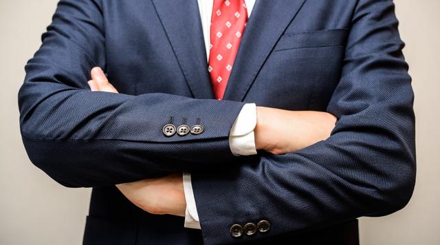 社会人が腕時計をつけないメリット