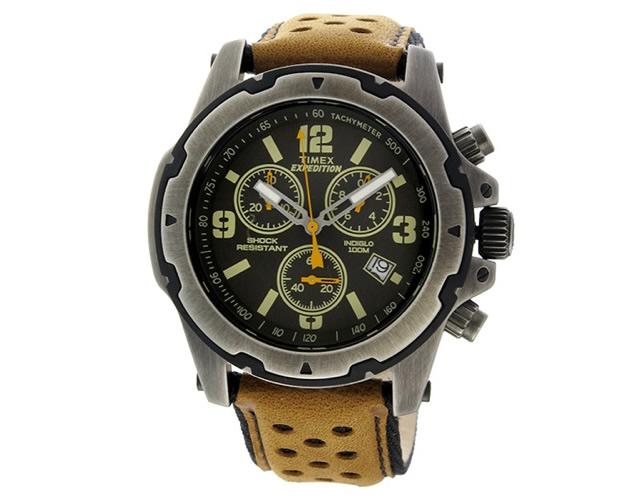モノトーンカラーが多くて、落ち着きがある腕時計