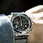 image-of-the-man-who-wears-a-wristwatch-of-a-skagen-2