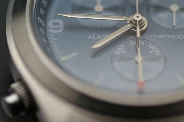 セイコーの腕時計をつけている男性のイメージ