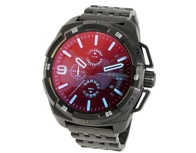涼し気でシーズンライクな腕時計