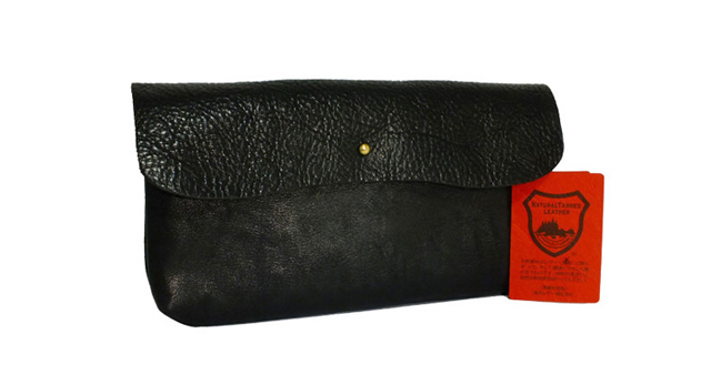 男性は栃木レザーの財布に魅力を感じる