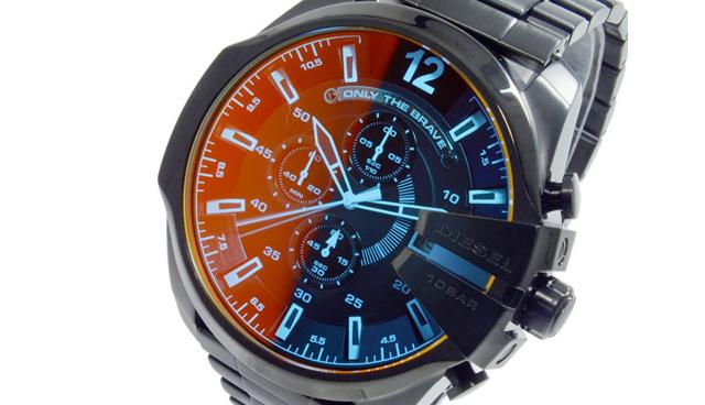 カラーやライフスタイルでも楽しめる腕時計