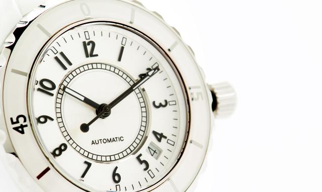 カレンダー付き腕時計
